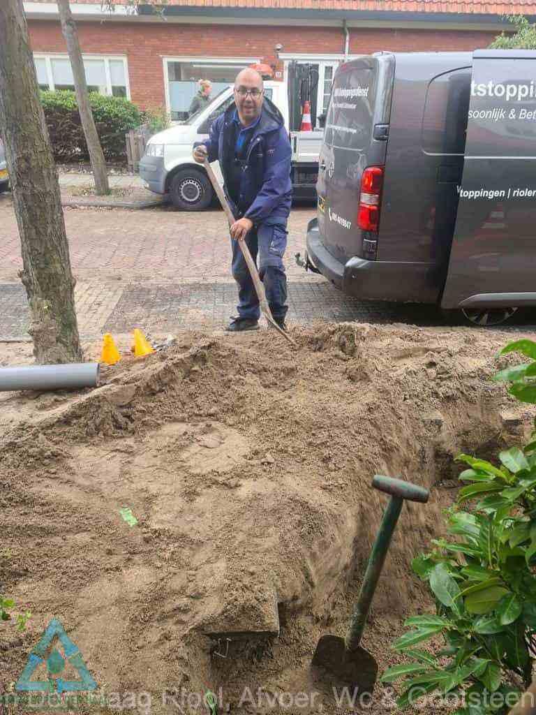 Riool ontstoppen Den Haag graven