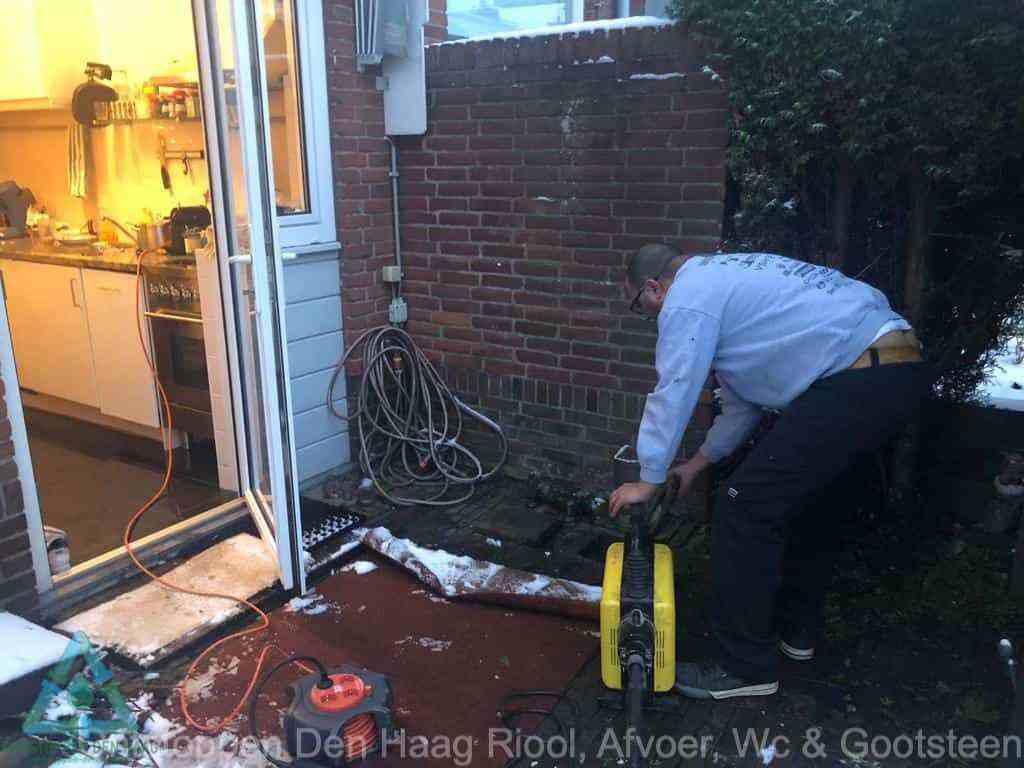 WC ontstoppen Den Haag